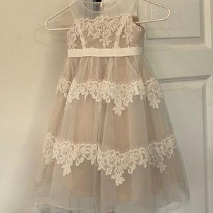 Size 3t flower girl dress David's Bridal lace